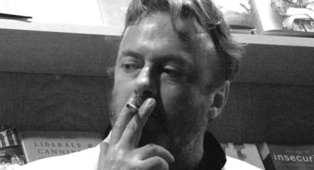 christopher hitchens440x240